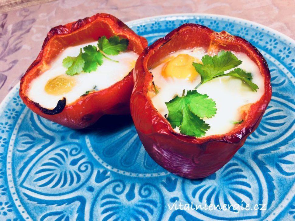 Pečené papriky se špenátem a vejci - Jak zhubnout v menopauze