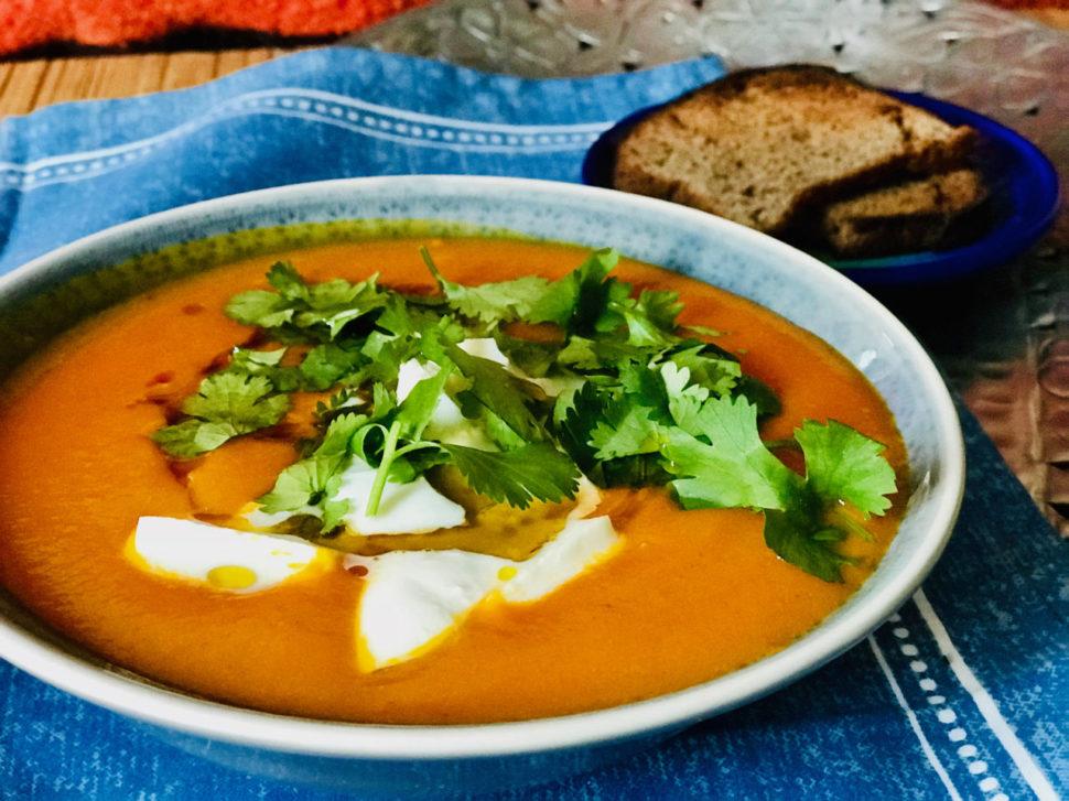 Dýňová polévka s mozarellou - jak zhubnout v menopauze